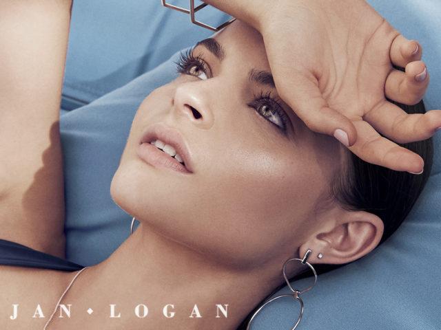 Jan Logan – Style Me Romy